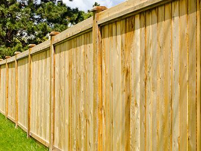 wood-fence-medium